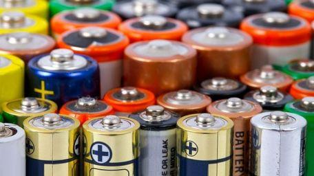 Bilim İnsanları Atık Pillerdeki Değerli Metalleri Yüksek Saflıkta Geri Kazanmayı Başardı